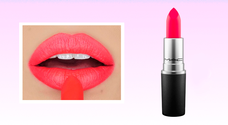 Губная помада Lipstick в оттенке Relentlessly Red, Mac